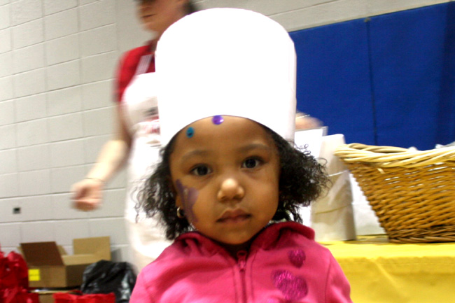"""Najwa Back At """"Kids In The Kitchen"""" At The YMCA"""